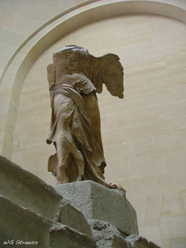 The_Winged_Victory_of_Samothrace.jpg